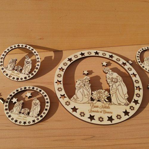 Presepe circolare in legno di pioppo