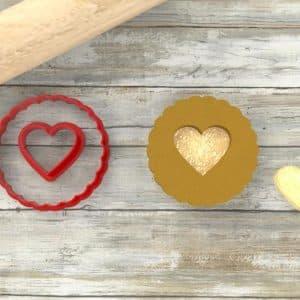 Biscotti rotondi con cuore