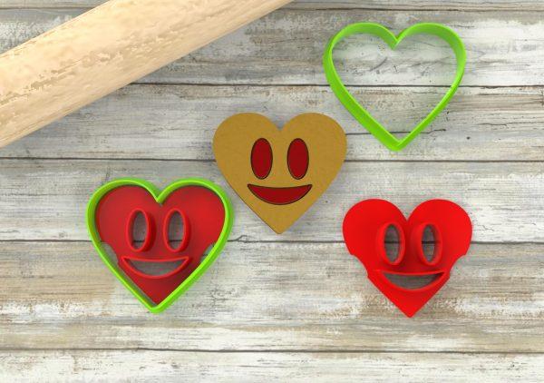 Biscotti ripieni a forma di smile, faccina, sorriso