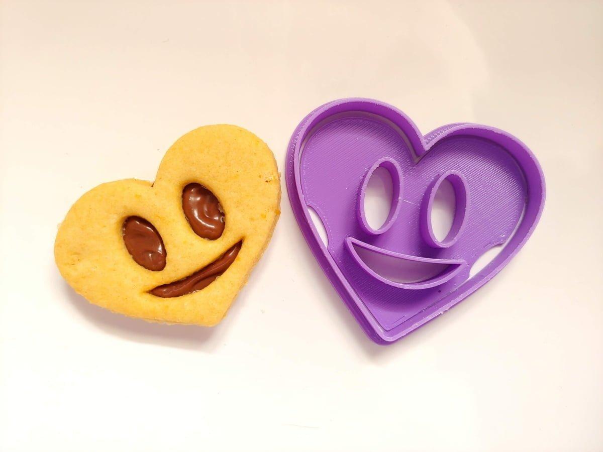 Biscotti ripieni cuore smile
