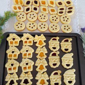 Casetta Neve Natale biscotti marmellata