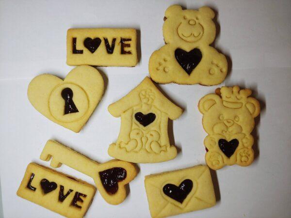 Formine biscotti per San Valentino innamorati amore