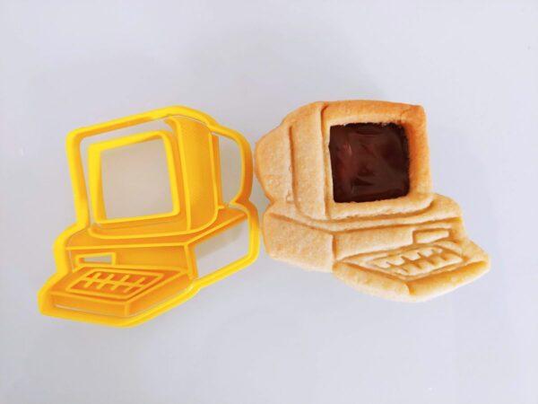stampo tagliapasta formina biscotti computer pc