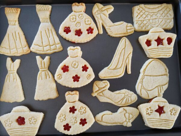 Formine biscotti vestito da donna